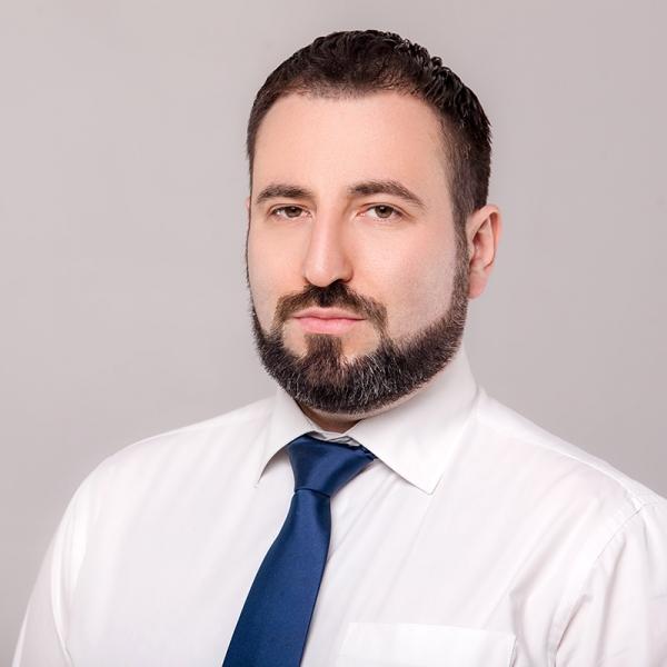 Михайло Шнейдер
