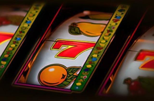 Игровые автоматы в казино Слотокинг теперь можно скачать с мобильной версии casino777play.com